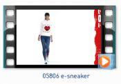 catwalkwolkyframe05806e-sneaker