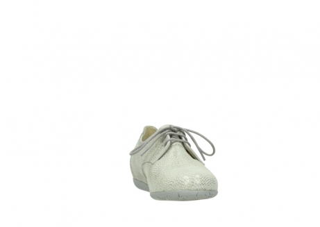 wolky lace up shoes 00112 stuart 20120 off white silver printed leather_18