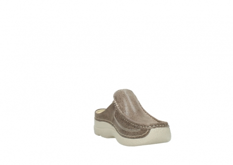 wolky clogs 06202 roll slide 90150 taupe dots nubuck_17