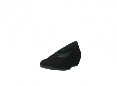 wolky court shoes 01910 capella 40000 black suede_21