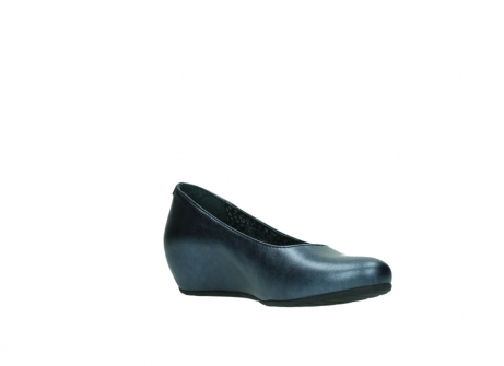 wolky court shoes 01910 capella 90800 blue metallic leather_16