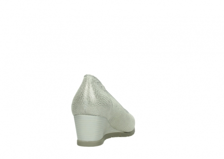 wolky court shoes 04665 ocean 20120 off white silver printed leather_8