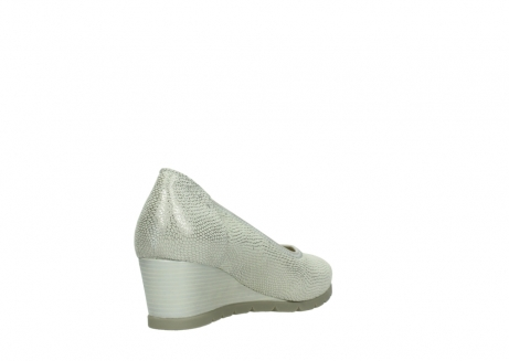 wolky court shoes 04665 ocean 20120 off white silver printed leather_9