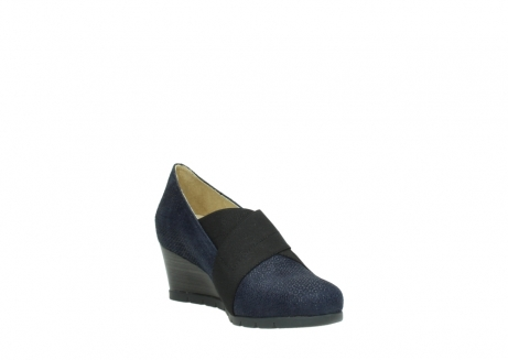 wolky court shoes 04667 fonda 90803 blue printed suede_17