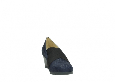wolky court shoes 04667 fonda 90803 blue printed suede_18