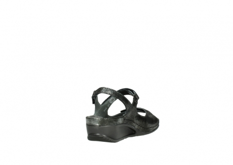 wolky sandalen 00425 shallow 60000 black caviar print leather_9
