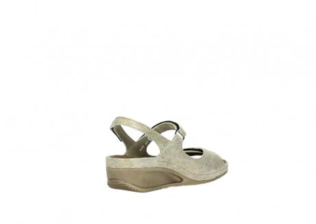 wolky sandalen 0425 shallow 639 beige kaviarprint leder_10