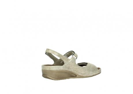 wolky sandalen 0425 shallow 639 beige kaviarprint leder_11
