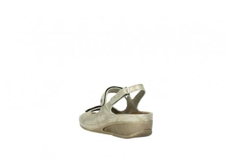 wolky sandalen 0425 shallow 639 beige kaviarprint leder_5