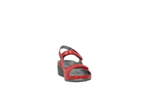 wolky sandalen 0425 shallow 650 rood kaviaarprint leer_18