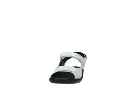 wolky sandalen 1300 salvia 612 gebroken wit slangenprint metallic leer_20