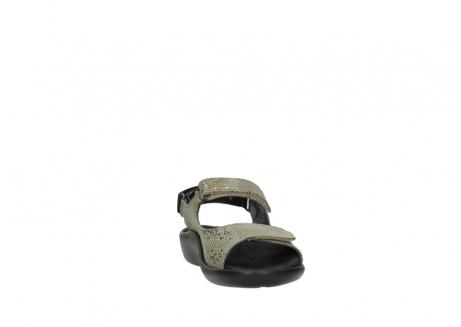 wolky sandalen 1300 salvia 615 taupe snakeprint metallic leder_18