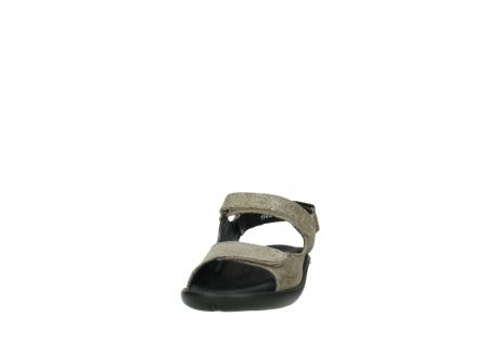 wolky sandalen 1300 salvia 615 taupe snakeprint metallic leder_20