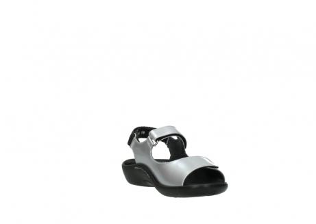 wolky sandalen 1300 salvia 820 grijs metallic lakleer_17