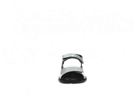 wolky sandalen 1300 salvia 820 grijs metallic lakleer_19
