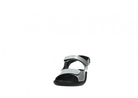 wolky sandalen 1300 salvia 820 grijs metallic lakleer_20