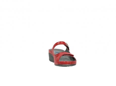 wolky slippers 0426 mundaka 650 rood kaviaarprint leer_18