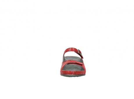 wolky slippers 0426 mundaka 650 rood kaviaarprint leer_19