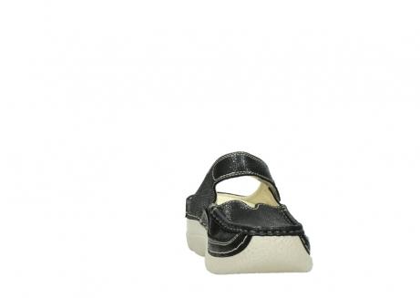 wolky slippers 06227 roll slipper 90070 zwart dots nubuck_18