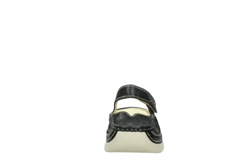 wolky slippers 06227 roll slipper 90070 zwart dots nubuck_19