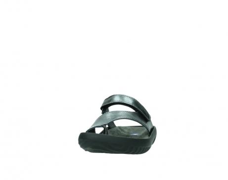wolky slippers 0881 fiji 928 grijs metallic leer_20