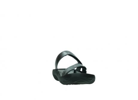wolky slippers 0884 bali 928 grijs metallic leer_18