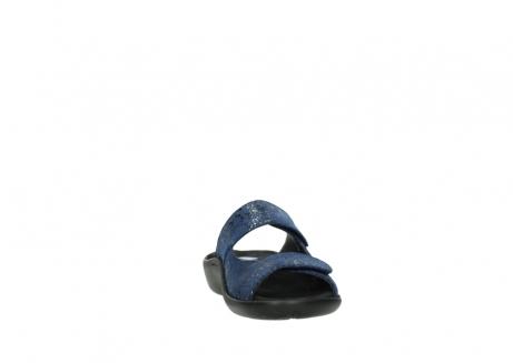 wolky slippers 1301 nepeta 680 blauw slangenprint leer_18