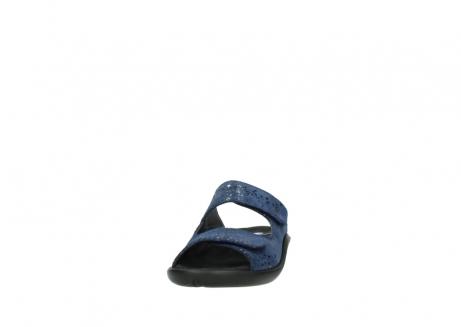wolky slippers 1301 nepeta 680 blauw slangenprint leer_20