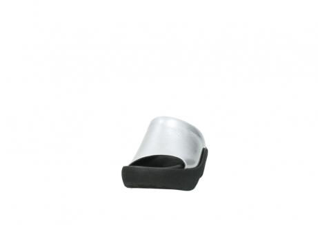wolky slippers 3201 nassau 620 grijs lakleer_20