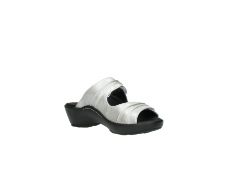 wolky slippers 3472 bago 919 parelwit metallic leer_16