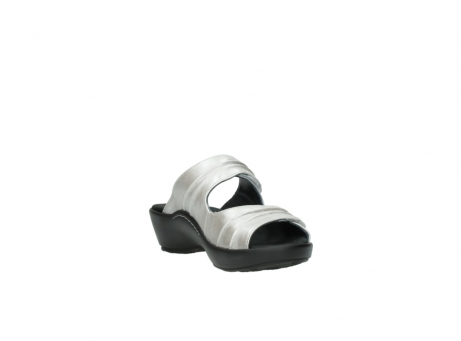 wolky slippers 3472 bago 919 parelwit metallic leer_17