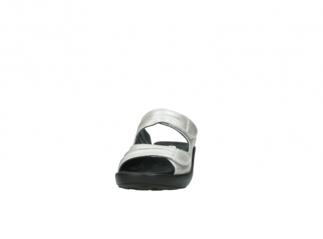 wolky slippers 3472 bago 919 parelwit metallic leer_20