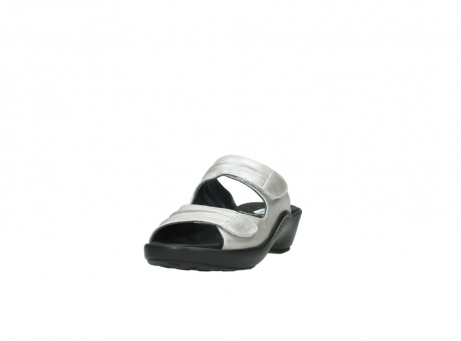 wolky slippers 3472 bago 919 parelwit metallic leer_21