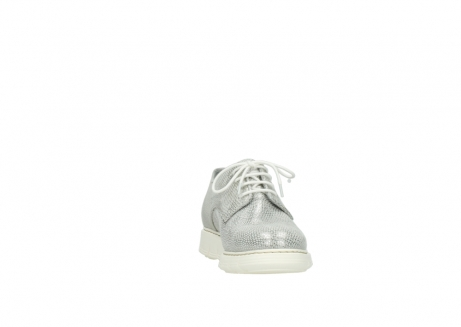 wolky lace up shoes 05025 daylight 20120 off white silver printed leather_18