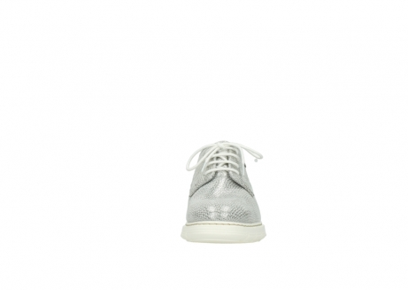 wolky lace up shoes 05025 daylight 20120 off white silver printed leather_19