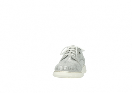 wolky lace up shoes 05025 daylight 20120 off white silver printed leather_20