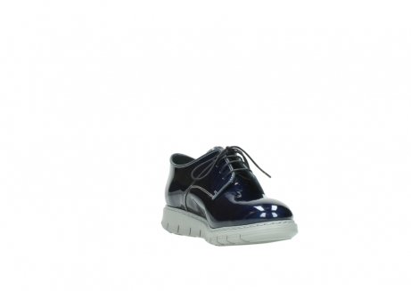wolky chaussures a lacets 05025 daylight 60800 cuir verni bleu_17