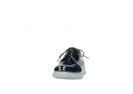 wolky chaussures a lacets 05025 daylight 60800 cuir verni bleu_20