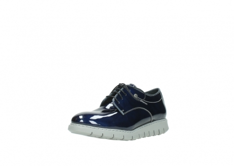 wolky chaussures a lacets 05025 daylight 60800 cuir verni bleu_22
