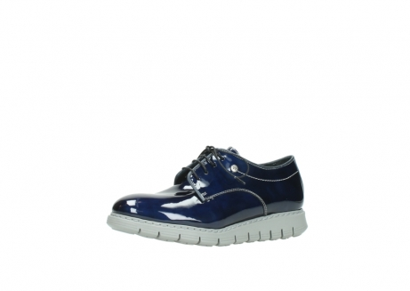 wolky chaussures a lacets 05025 daylight 60800 cuir verni bleu_23